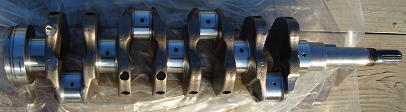Bobcat 753 crankshaft
