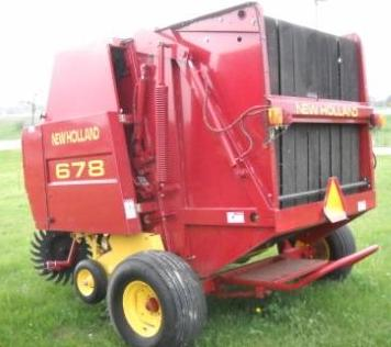 New Holland 678 Round Baler