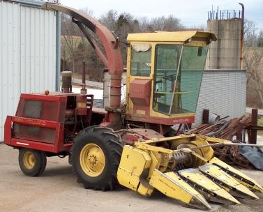 Forage Choppers for Sale http://www.grainfarmer.com/nh1890.html